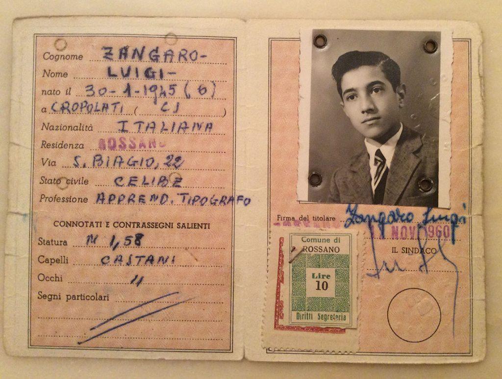 Carta di identità  riportante la qualifica di apprendista tipografo.