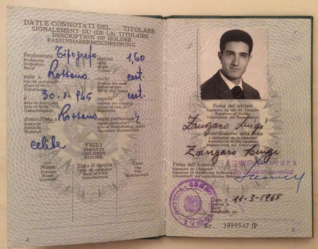Passaporto riportante la qualifica di apprendista tipografo.